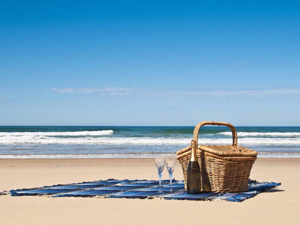 picnic-ideas-tablecloth
