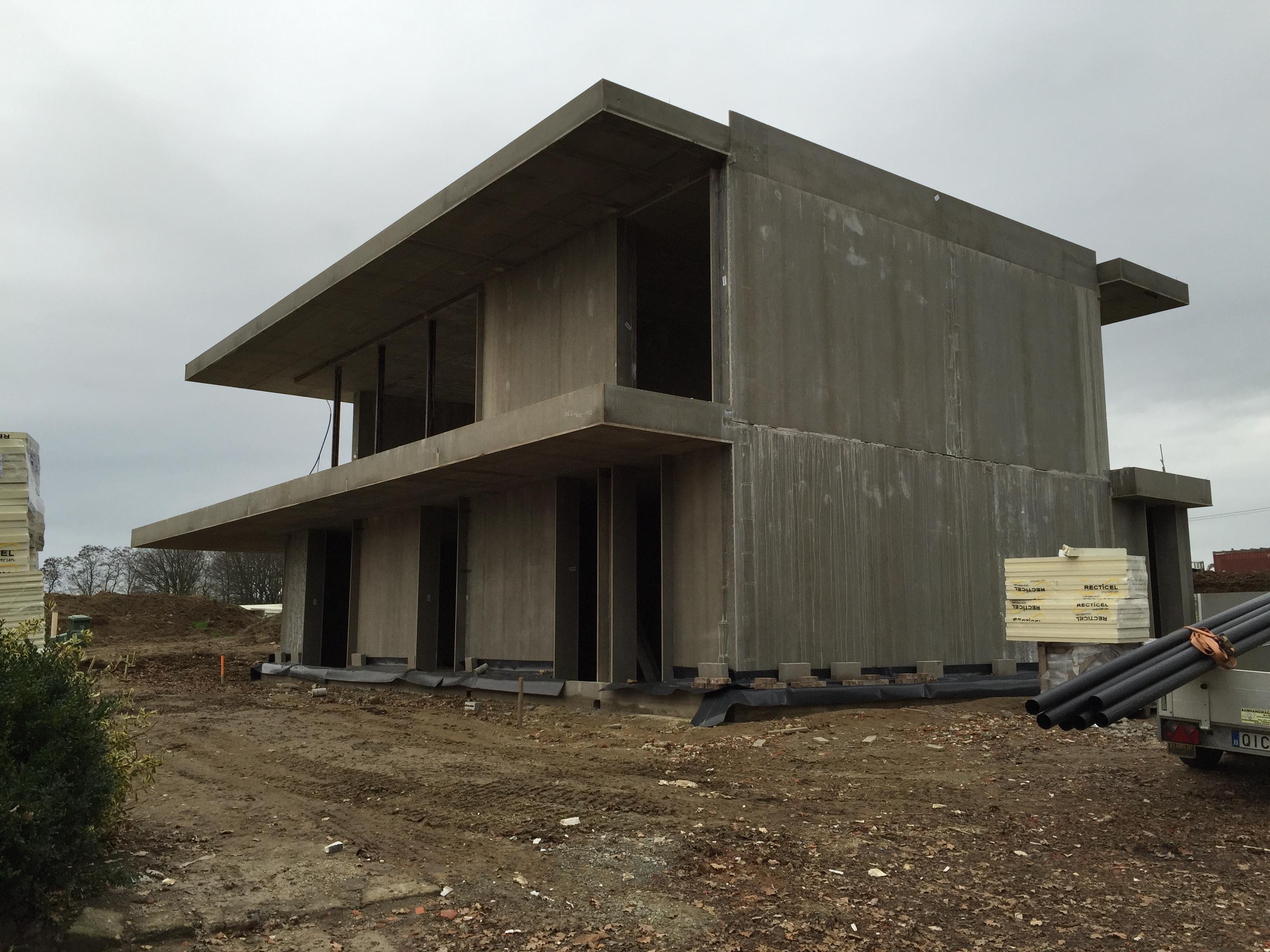 Woning in prefab-beton te Gelrode