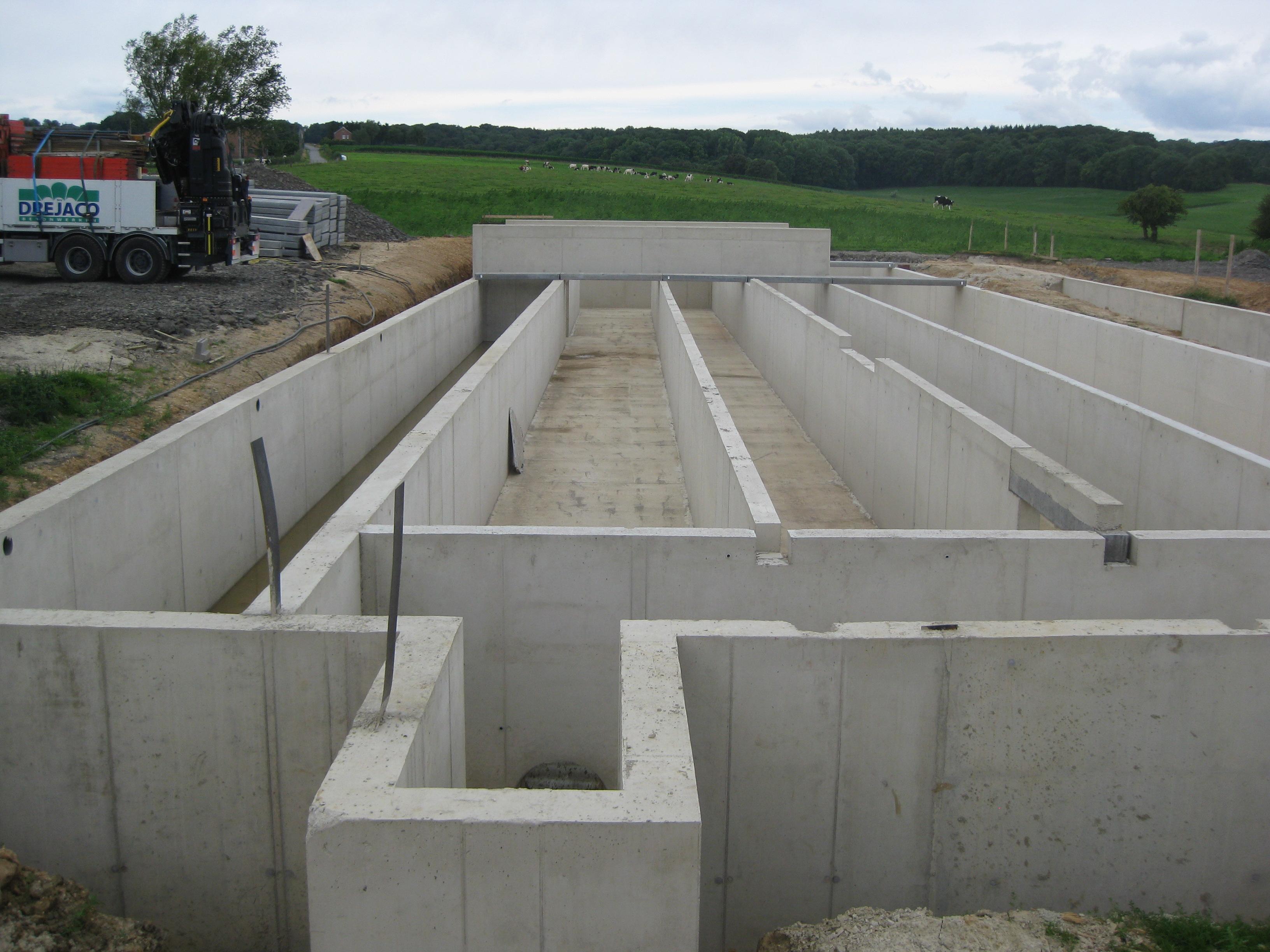 Betonwerken koeienstal Teuven