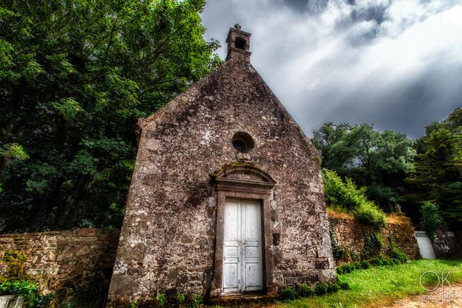 Travel photography destination France: Bretagne trinite sur mer carnac church morbihan