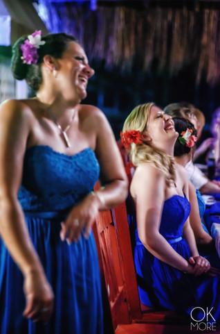 Wedding photography: candids