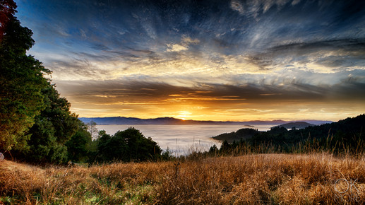 Travel photography destination California: sunrise over humboldt hills