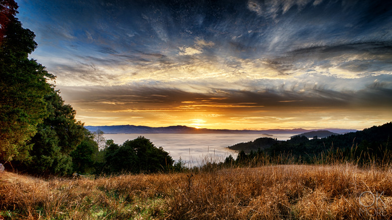 Travel photography destination California: sunrise over humboldt hills