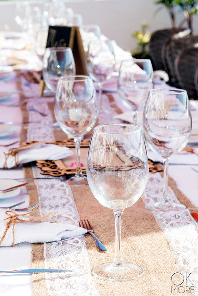 Wedding photography: event details, table shot