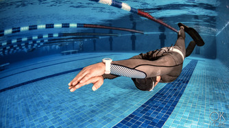 Commercial photography: freedive training, swimming pool, underwater