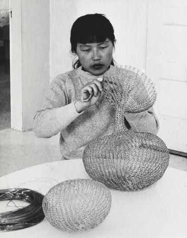Ruth Asawa at work