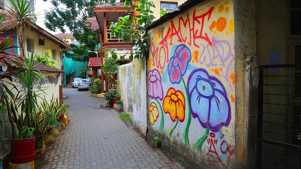 The Cobbled Lanes and Wall Art at Khotachiwadi