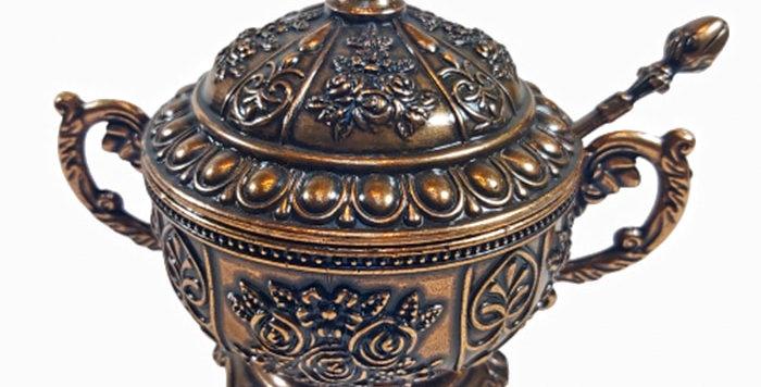البهجة التركية ووعاء السكر id مزخرف بأسلوب العصور الوسطى الأصيل