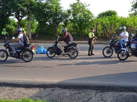En Vídeo || Accidente en la circunvalar deja un policía muerto