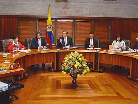 Corte Constitucional tumba Cadena perpetua para violadores y asesinos de niños