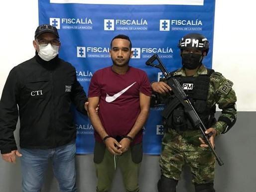 Capturan a hombre por femenicidio en el barrio La Padrera