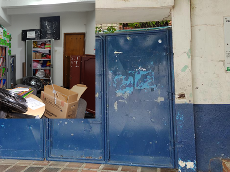 Colegio en Las Flores fue víctima de robo por parte de delincuentes.