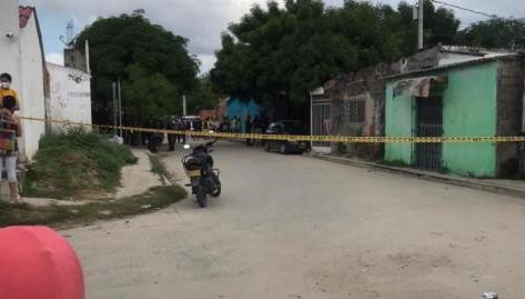En Vídeo || Ataque sicarial en Soledad, un motociclista fue atacado en el barrio Nueva Esperanza