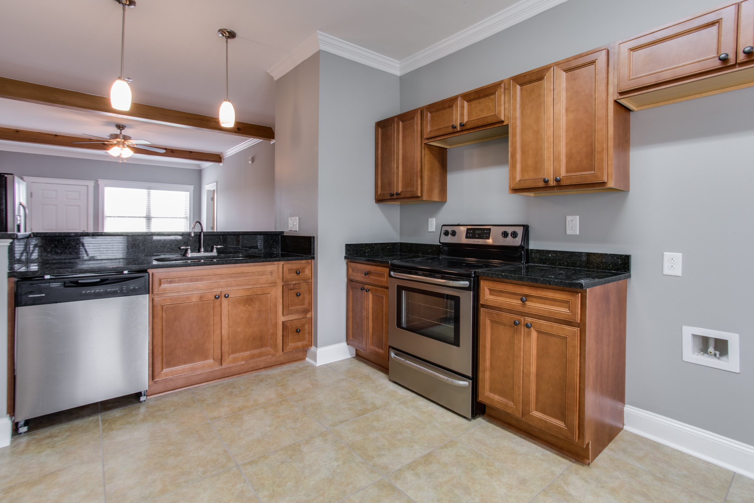 Whistlebury-Walk-Rent-Athens-56