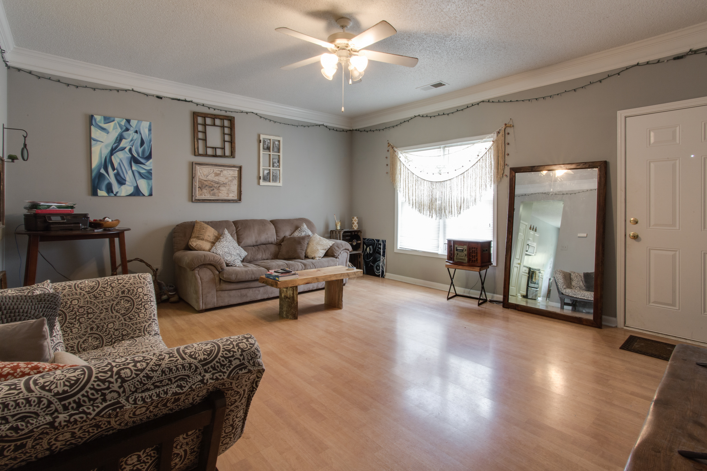 Whistlebury-Walk-Rent-Athens-40