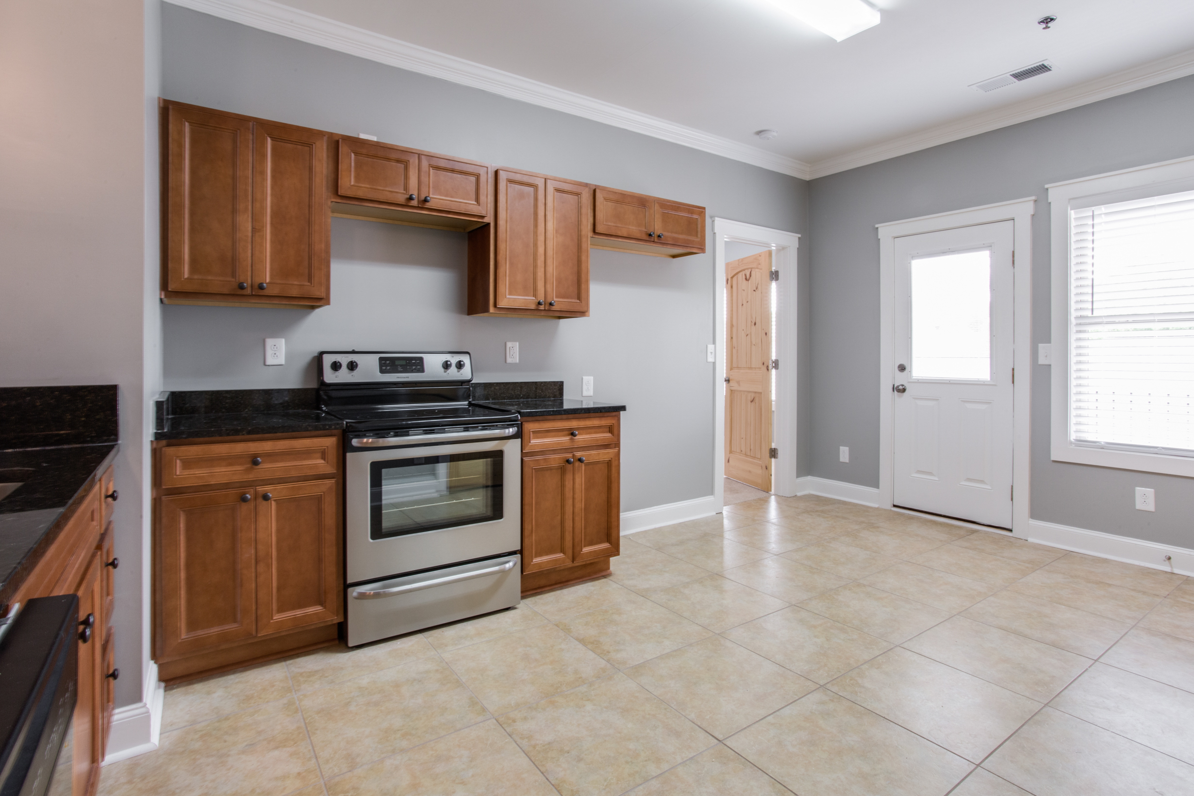 Whistlebury-Walk-Rent-Athens-54