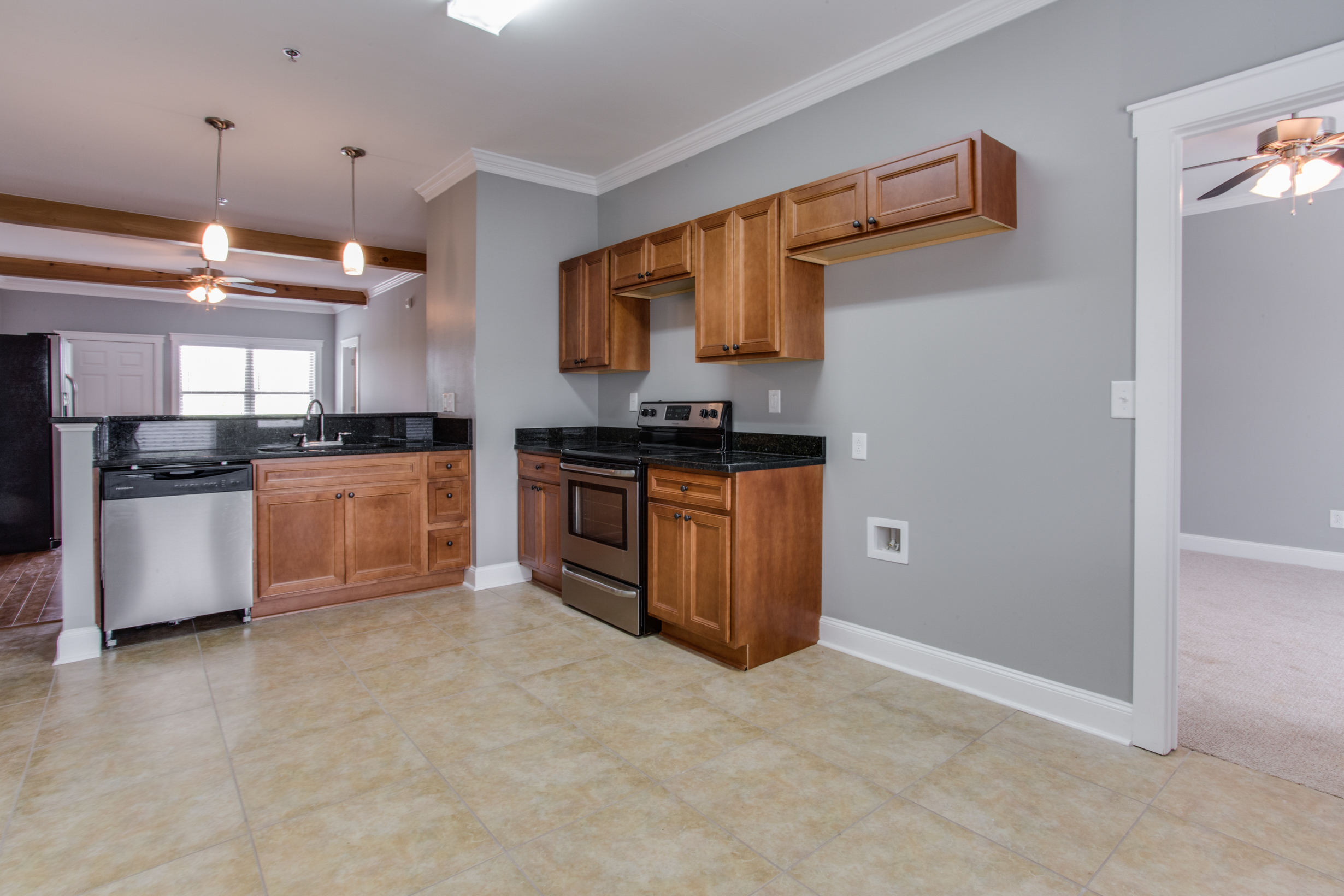 Whistlebury-Walk-Rent-Athens-55