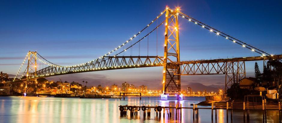Ponte Hercílio Luz será reinaugurada com travessia de carros antigos em Dezembro
