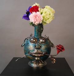 유혹하는 꽃병 도깨비 Seductive vase dokkebi