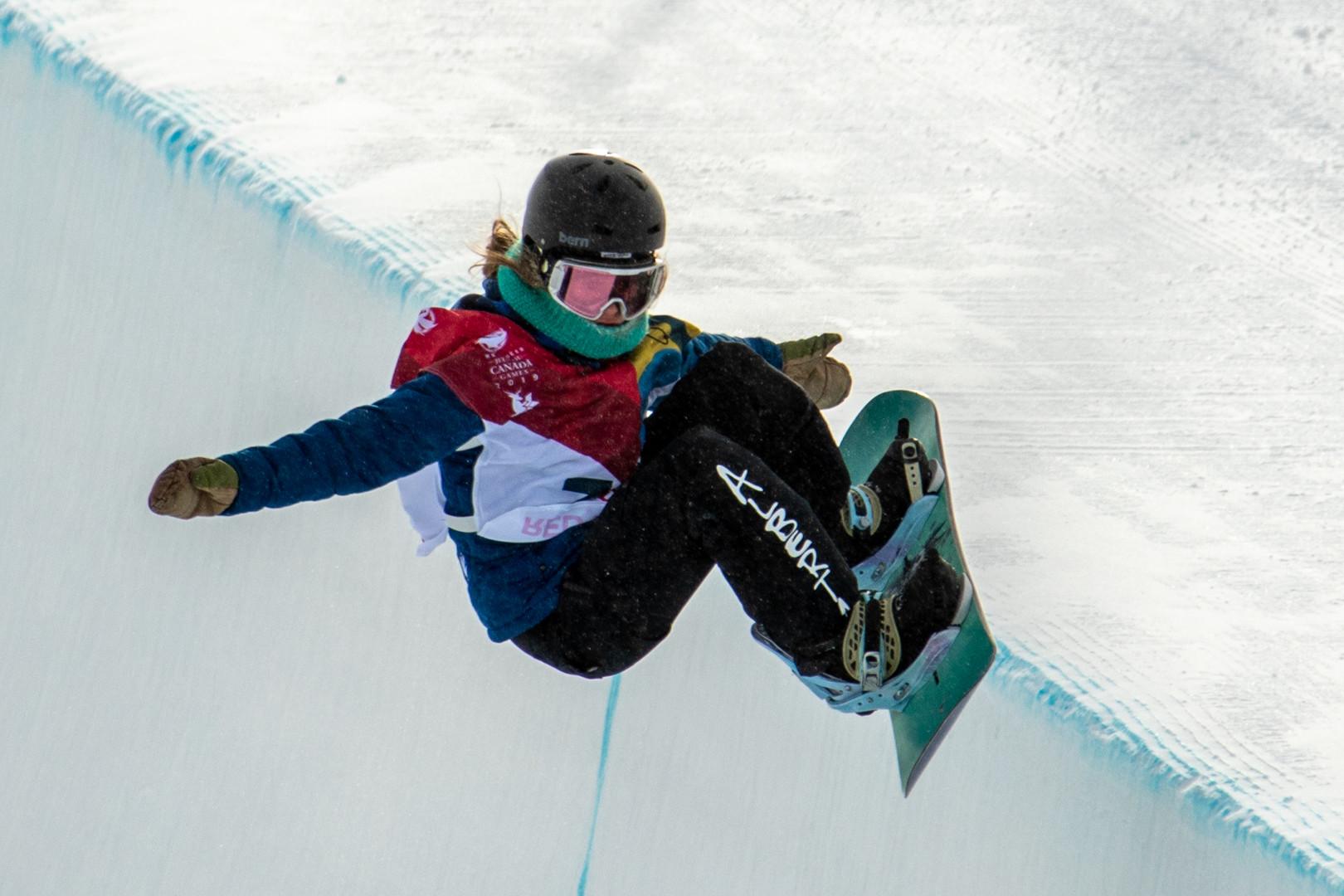 ShellyPriest_03012019_SnowboardingHalfpi
