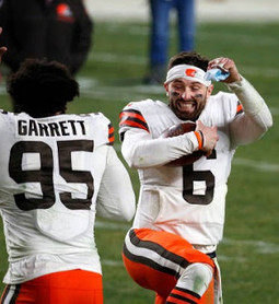 Browns dominate Steelers in their first playoff appearance since 2002