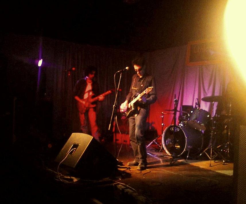 Robert Caruso live (Bethan photo).jpg