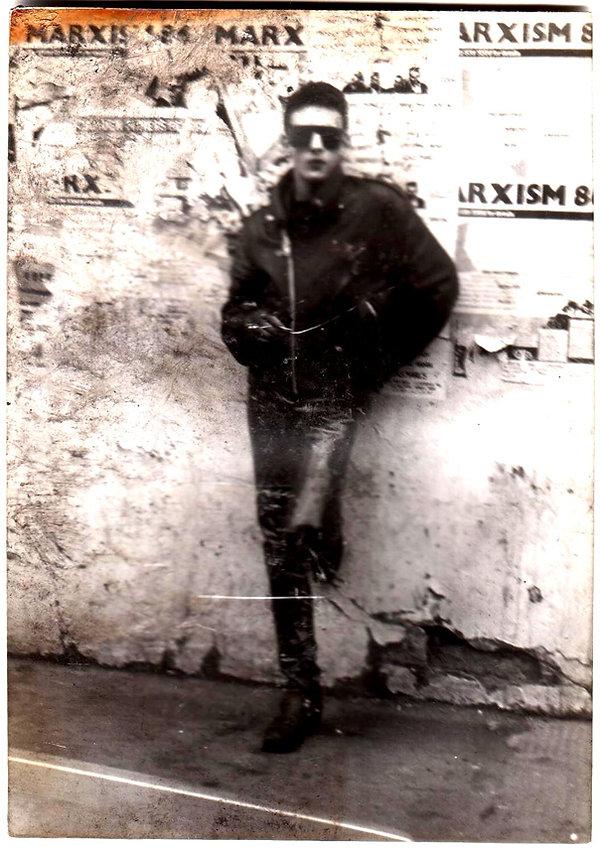 Robert Caruso, London, 1986.jpg