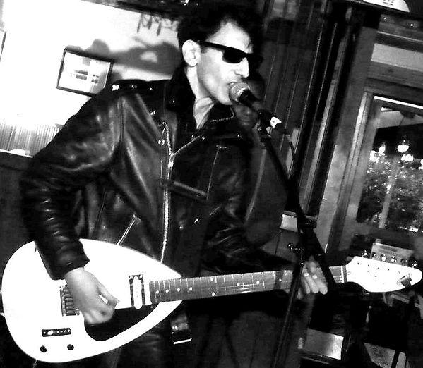 Robert Caruso -live at The Cuban 2014 b&