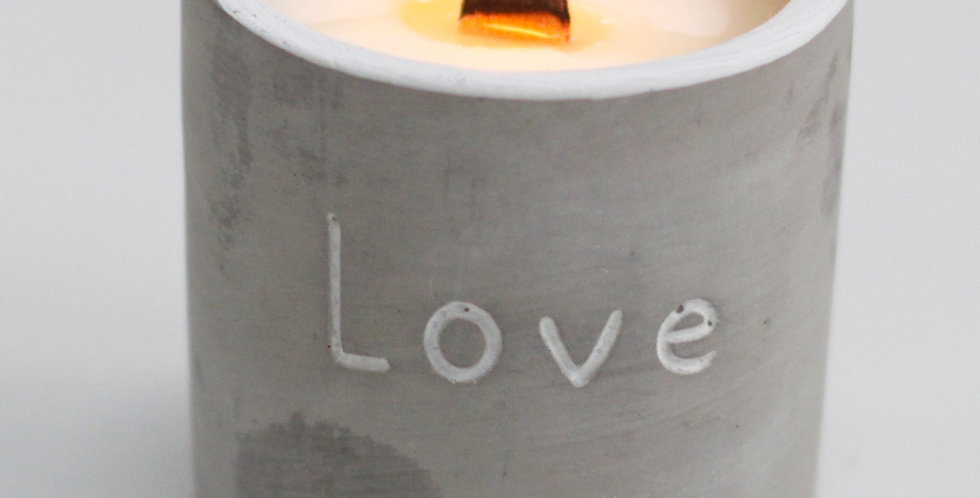 Love Wooden Wick Candle