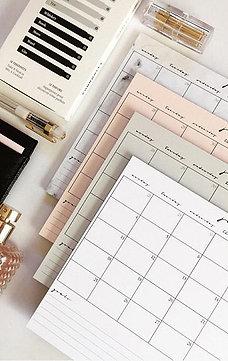 Monthly Calendar Deskpad-Classic