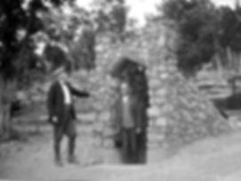 Mammoth Onyx Cave Entrance 1925.jpg