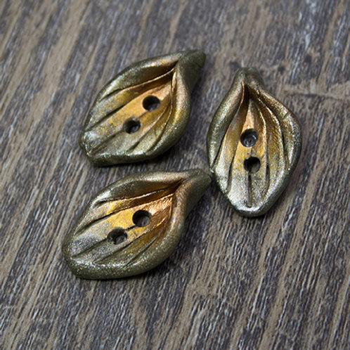 Small Metallic Oval Polymer Leaf Buttons