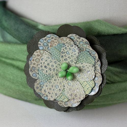 Med. Green Flower