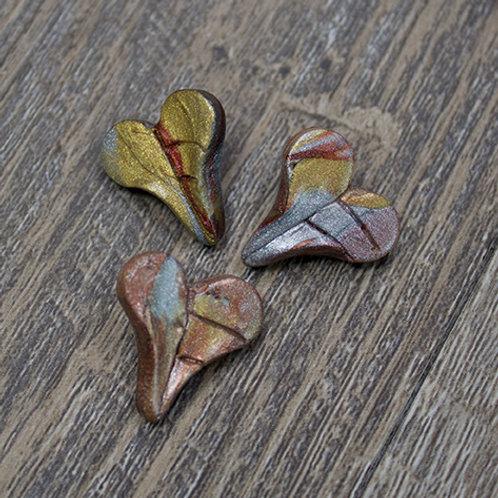 Small Metallic Heart Polymer Leaf Buttons
