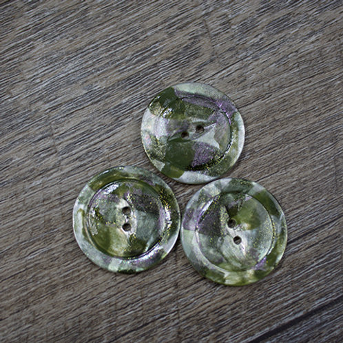 Hand-Painted Green Antique Shell Buttons L45