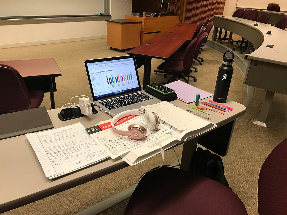 portable-study-space-in-lecture-hall.jpg