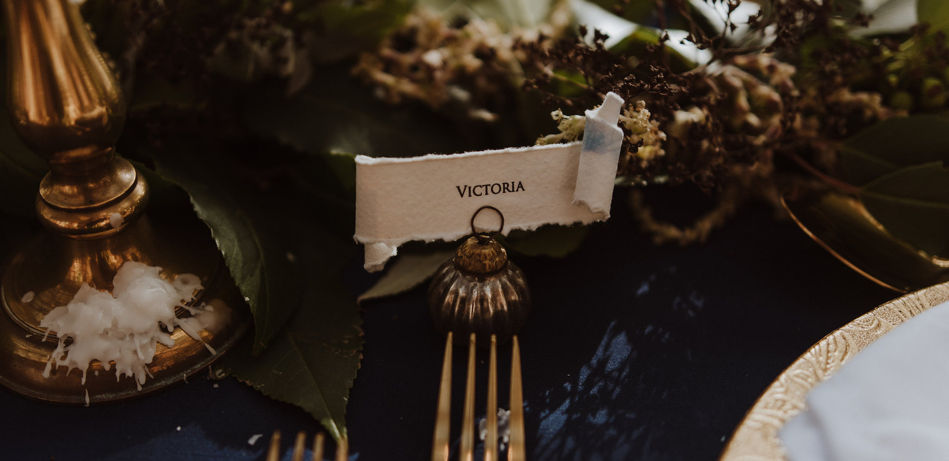 scroll place card