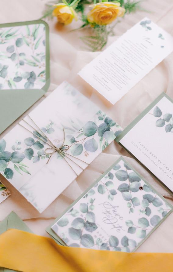 pretty wedding stationery.jpg