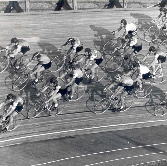 1974c track.jpg