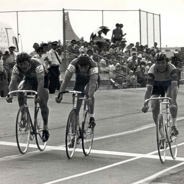 1975 track nats.jpg