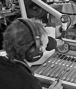 BBC6-at-British-Library624_edited.jpg