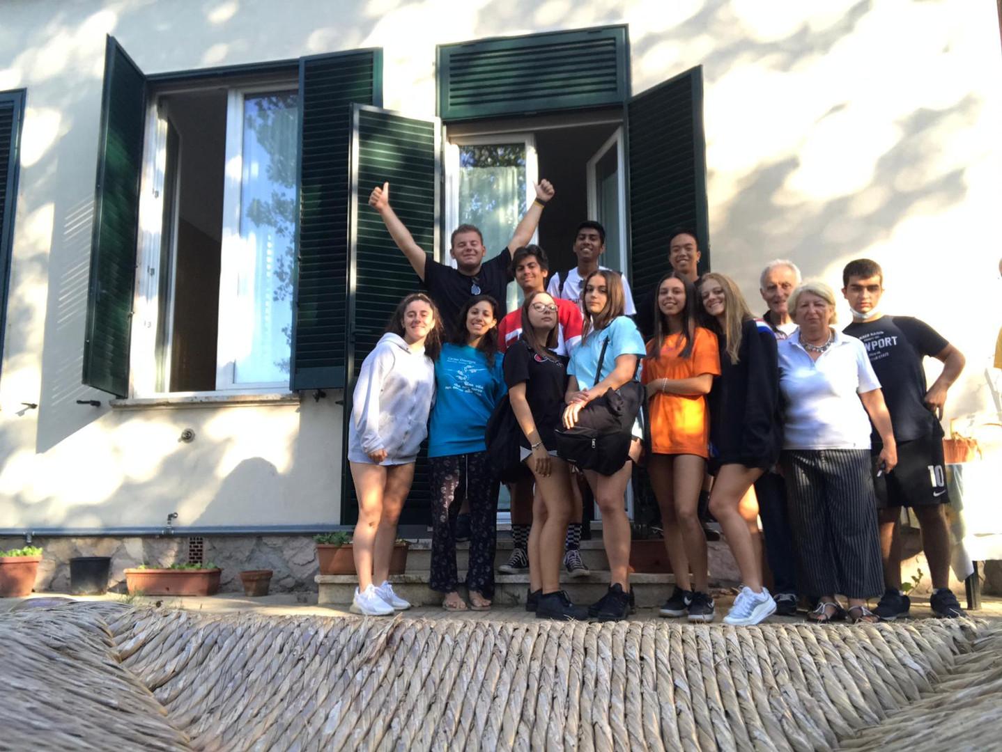 Gruppo a Casa Crocevia