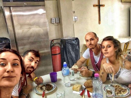 Servizio mensa presso la Caritas di Atene