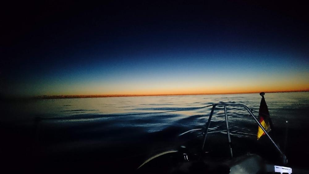 Sonnenaufgang über der Dover Straight