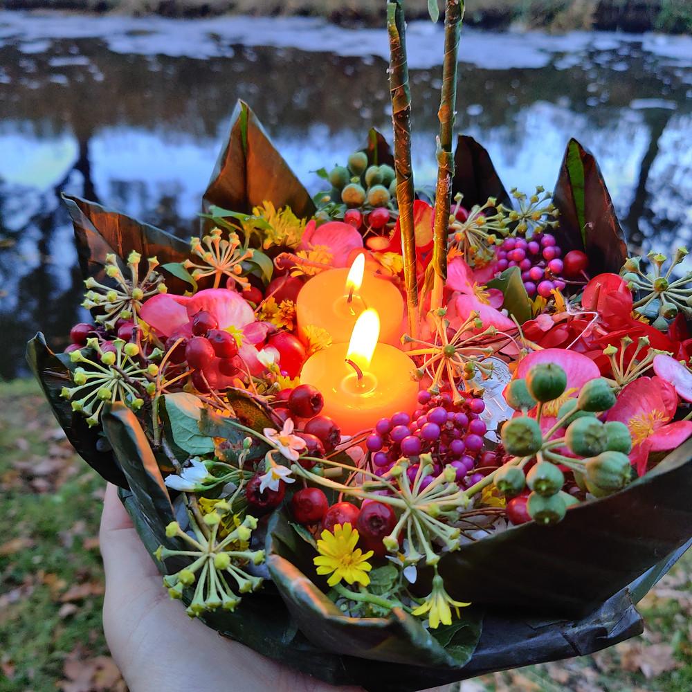 Krathong, offering
