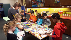 JWE Students Choosing A Free Book