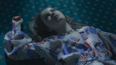 Wonderland x Chanel - Sigrid