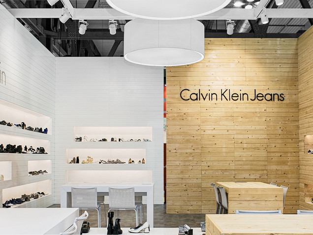 CALVIN KLEIN STAND