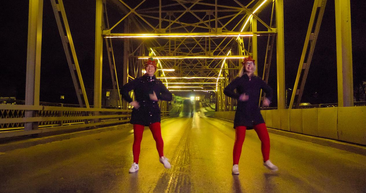 Dancing elves on the street and bridge in Elora