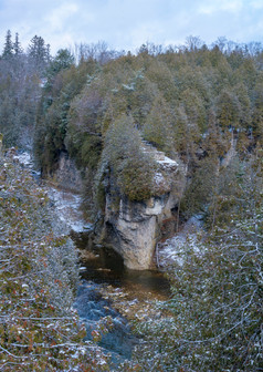 A snowy Elora gorge and grand river